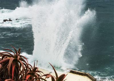 Gischt am Strand von Funchal, Madeire (PRT), Foto-Nr. 270