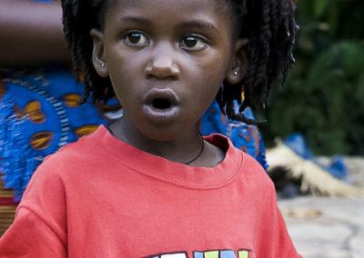 Mädchen im Kibale Forest, Uganda, Foto-Nr. 411
